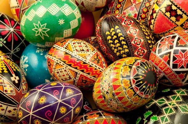 L 39 uovo di pasqua dai pagani al cristianesimo simbolo di vita e sacralit urbanpost - Uova di pasqua decorate ...