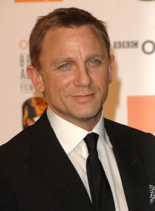 Daniel Craig facebook3