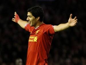 Luis Suarez - Liverpool FC No.7(2)