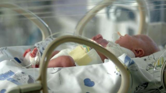 Settimo Torinese. Neonato abbandonato in strada, muore in ospedale