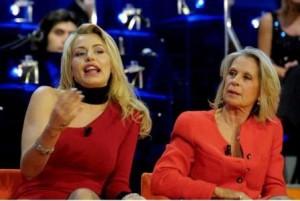 Valeria Marini e sua madre.