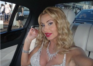 Valeria Marini showgirl