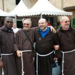frati evangelizzazione di strada Bologna 2014