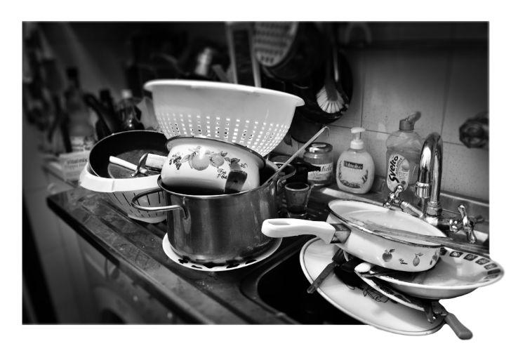 Basta piatti da lavare in arrivo le stoviglie autopulenti - Stoviglie e utensili da cucina ...