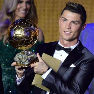 Cristiano Ronaldo. Re Del Calcio facebook1