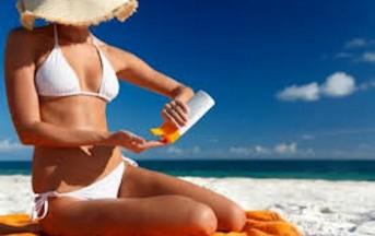 Come scegliere la crema solare adatta