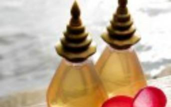 Classifica delle essenze di oli naturali per l'estate 2014: fragranze di tendenza