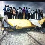 India incidente scuolabus e treno