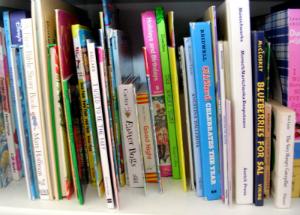 7 anni, rinuncia regali compleanno e chiede libri per bambini in ospedale