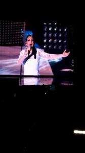 Emma Marrone abito da sposa concerto Verona