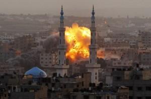 raid aerei striscoa di gaza ultime notizie