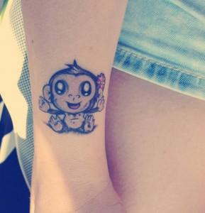 Giada Agasucci tatuaggio scimmietta