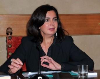 """Laura Boldrini bufala sorella, l'ira del Presidente della Camera: """"È morta da nove anni, sciacalli!"""""""