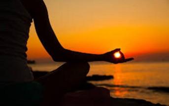 Yoga: rilassarsi con 5 posizioni