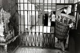 san vittore in scena detenuti