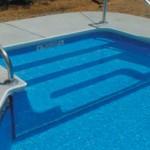 bimba trovata morta in piscina