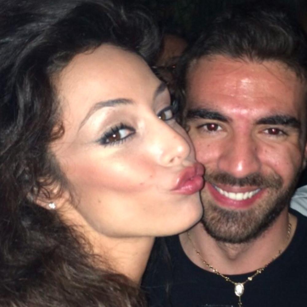 Raffaella Fico e le nozze di Gianluca Tozzi: ecco la reazione della showgirl - UrbanPost - raffaella-fico-gianluca-tozzi