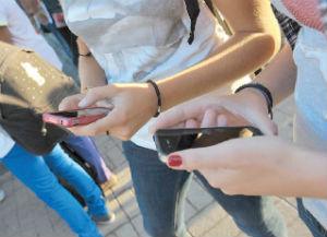 amicizia contro smartphone