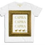 """Vittorio Sgarbi firma una collezione di t-shirt con la scritta """"Capra"""""""