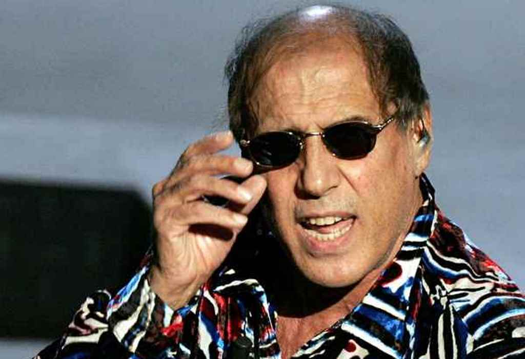 Adriano Celentano INTRUSI IN CASA