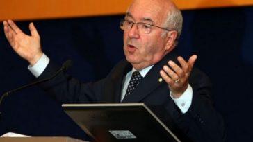 Dimissioni Tavecchio