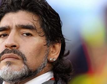 Amici 16 anticipazioni registrazione settima puntata Serale 6 Maggio 2017: ospite Diego Armando Maradona