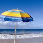Turista trafitta da ombrellone