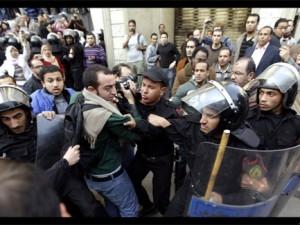 Egitto museo del Cairo preso d'assalto