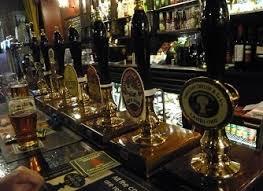 londra pub 30 a settimana chiudono