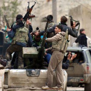 Siria ribelli decapitano giornalista