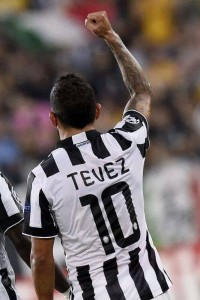l'argentino Carlos Tévez