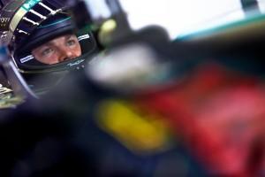 Rosberg secondo su Mercedes