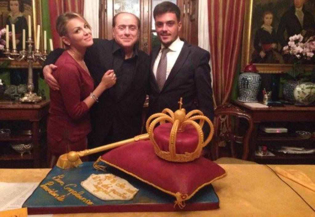 Silvio Berlusconi festa di compleanno