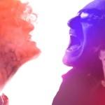 U2 Plastic made sofa video nuovo tour