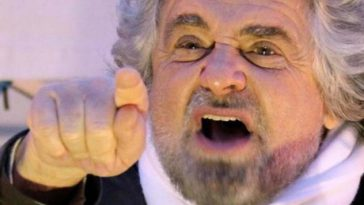 Beppe Grillo frase sui migranti