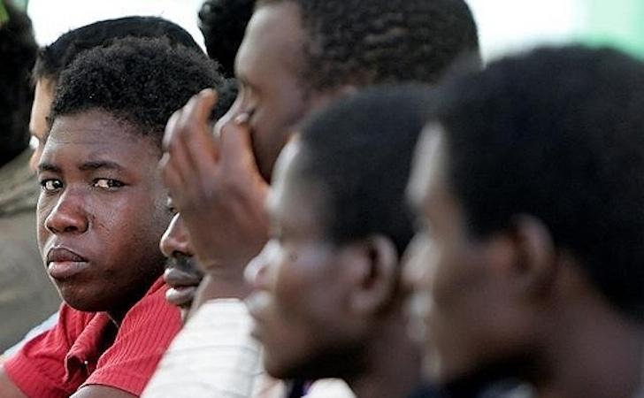 900 euro al mese immigrati