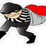 Pisa marito vede ladro in casa e chiama polizia era amante moglie 15 settembre 2014
