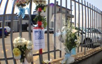 Bimbo morto in auto, prosciolto il papà che l'aveva dimenticato
