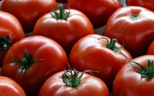 pomodori riducono rischio tumore