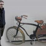 Alberto Stasi scambio pedali bici
