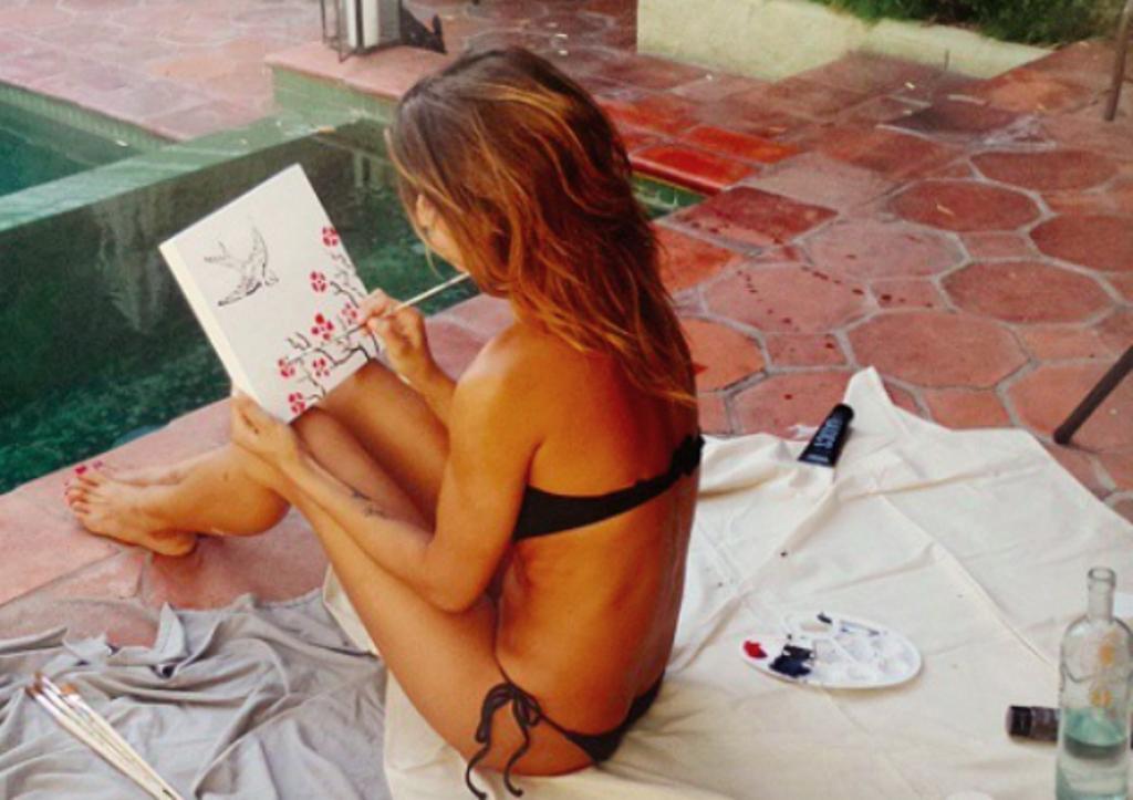 Elisabetta Canalis pittrice su Instagram