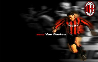 Marco Van Basten compie 50 anni: 277 goal e una carriera straordinaria per il Cigno di Utrecht