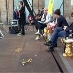 Matteo Renzi contestato a Ferrara