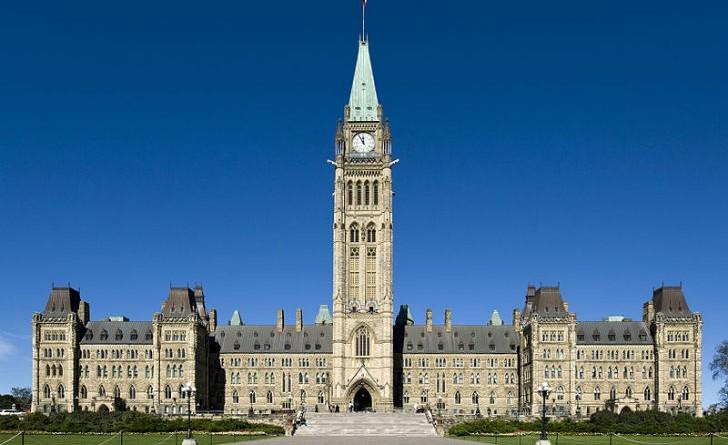 Canada sparatoria in parlamento morti un soldato e uno for Lavorare in parlamento