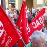 pensionati in mobilitazione contro il pagamento al 10 del mese