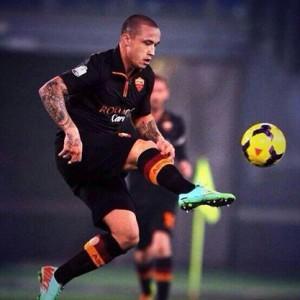 Nainggolan centrocampista della Roma
