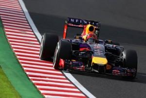 Vettel Re Bull al terzo