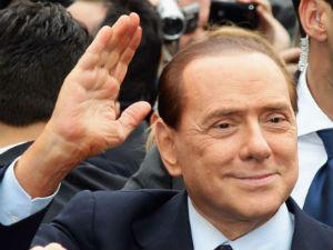 Silvio Berlusconi provino Milan 16 anni