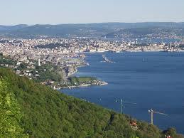 Trieste suicidio parroco