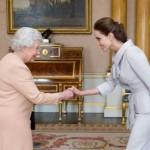 Angelina Jolie dama d'onore della Regina Elisabetta II